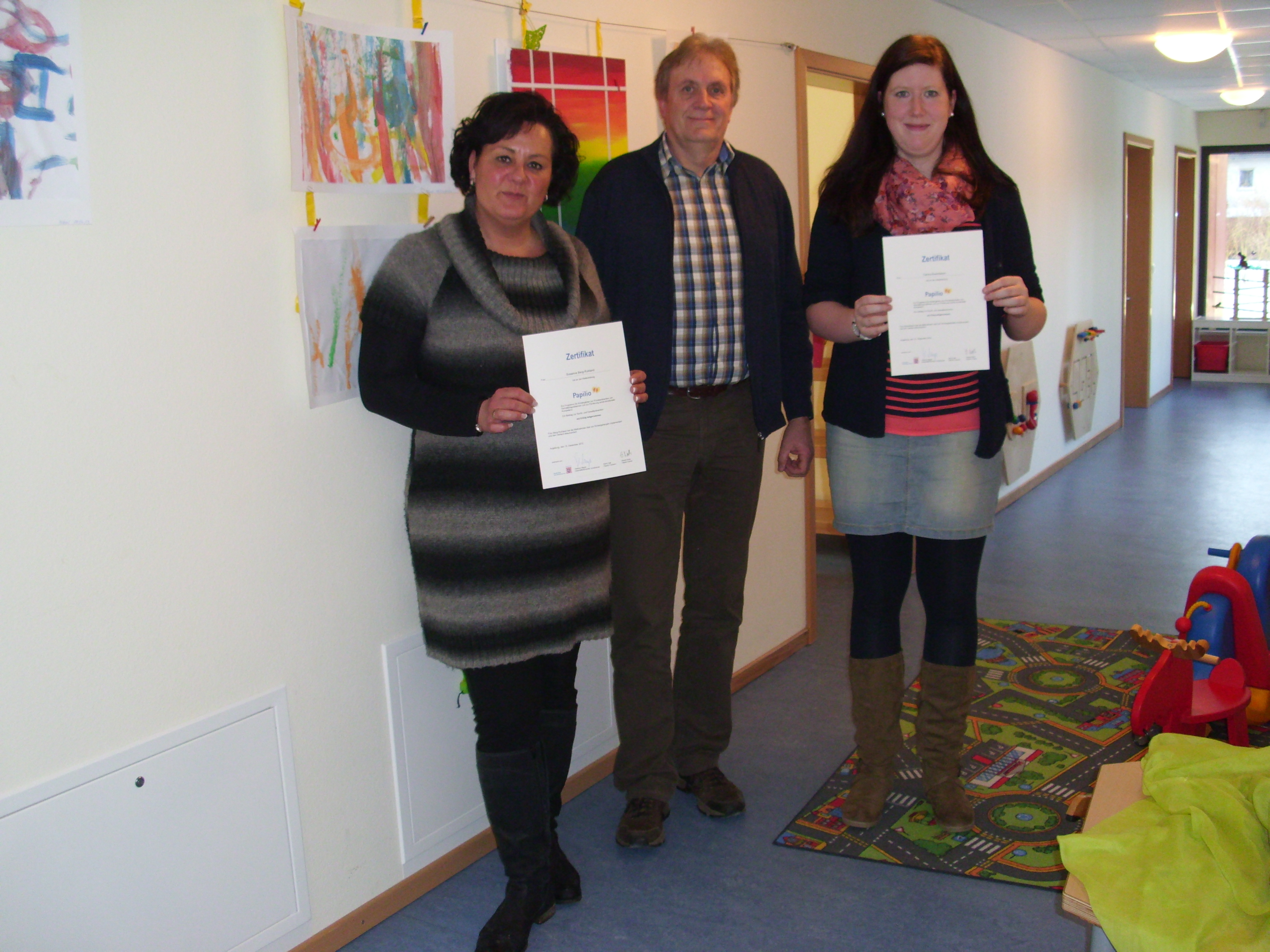 PAPILIO - Zwei Mitarbeiterinnen zertifiziert